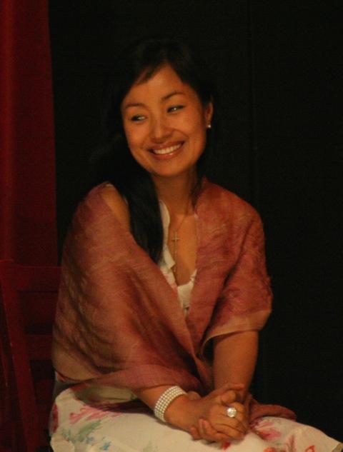 COREANO – Susanna Kwon