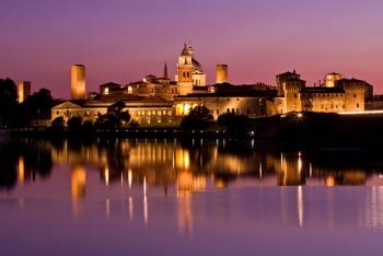 Mantova - panorama notturno